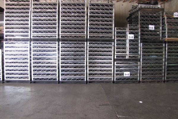 Steel Deck Risers
