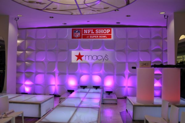 Quest-Events-Formset-Uplight-Corporate-Event-Macys-Fashion-Show-min