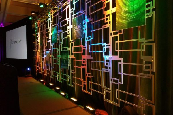 Quest-Events-Scenic-Design-Corporate-Event-Geo-Panels-Drape-Uplight