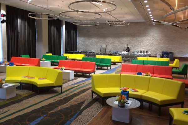 Quest-Events-Totally-Mod-Corporate-Special-Events-Scenic-Design-Hotel-Convention-Conference-Furnishings-Colored-Seating-Tables-min