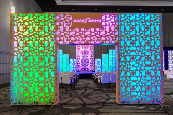 Quest-Events-Totally-Mod-Cut-Out-Style-Tyles-Corporate-Special-Events-Goodyear-Set-Stage-Scenic-Design-Columns-Walls-Session-Seats-min