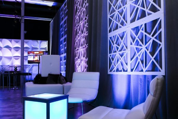 Quest-Events-Visual-Elements-Nashville-Corporate-Special-Events-Furnishings-Scenic-Decor-Leather-Seating-White-Chairs-GeoPanels-Drape-Side-Table-Cube-min