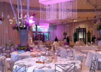Quest-Events-Visual-Elements-Nashville-Special-Events-Wedding-Reception-Chandeliers-Scenic-Trees-min