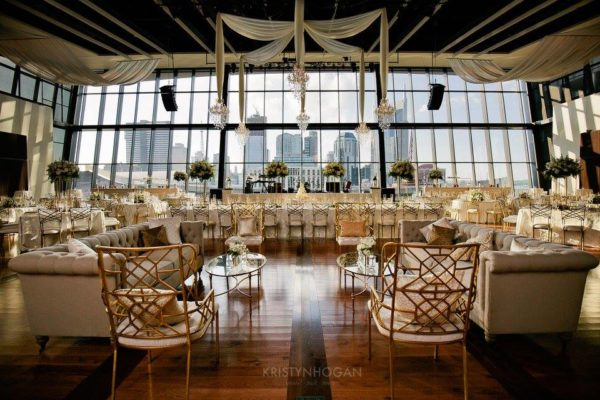 Quest-Events-Visual-Elements-Nashville-Tennessee-Special-Events-Downtown-Wedding-Reception-Furnishings-Soft-Seating-Chendeliers-Specialty-Drape-Ceiling-Treatment-min