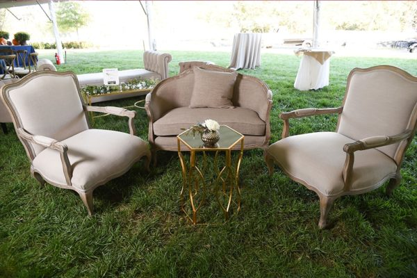 Quest-Events-Visual-Elements-Nashville-Tennessee-Special-Events-Outdoor-Tent-Furnishings-Soft-Seating-Chair-Loveseat-Side-Table-Cocktail-Table-Bench-min