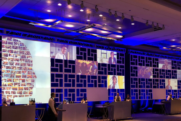 2018-Congress-Healthcare-Leadership-Event-Backdrop-Geo-Panels-Solid-Quest