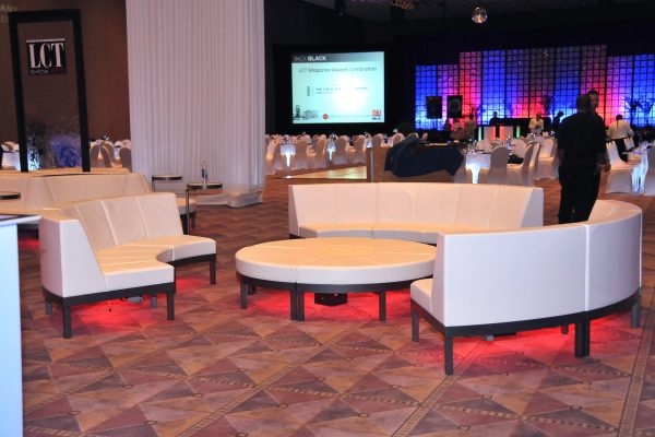corporate-events-quest-rental-solutions-social-seating-campfire-configuration-totally-mod-min