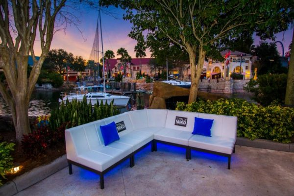 quest-events-totally-mod-couch-soft-seating-customizable-outdoor-event-rental