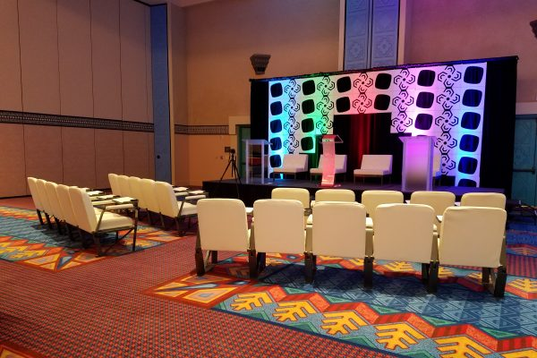 style-tyles-stage-backdrop-drapeline-bedrock-hexagon-scenic-rentals-quest-totally-mod