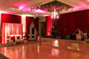 burgundy-velour-perimeter-drape-reception-quest-events