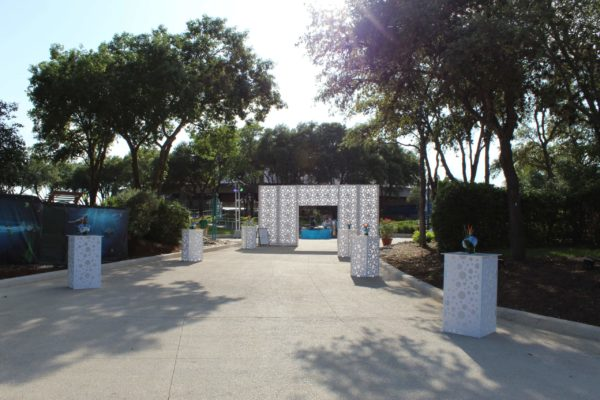 San-Antonio-Seaworld-Event-Outdoor-Rentals-Entryway-Tables-Daytime-Style-Tyles-Quest-Events