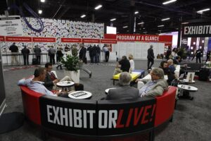 Soft Seating_Crescent_Branded_ExhibitorLive-min