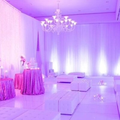 Blush_Hawthorne_white sofas_cubes_Wedding