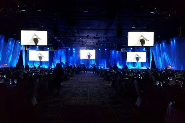 Quest-Events-Event-Drapery-Corporate-Special-Event-Scenic-Design-Specialty-Drape-Kabuki-Taco-Bell-FRANMAC-Hotel-Convention-Center-min